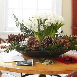 Simple-Christmas-Centerpieces-2012-ideas-10