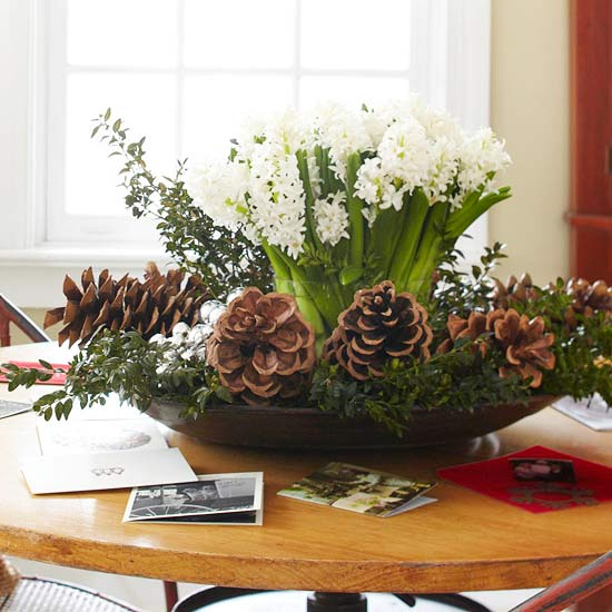 Simple-Christmas-Centerpieces-2012-ideas-10